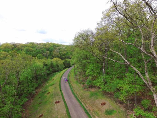 Cliff Cave Park trail